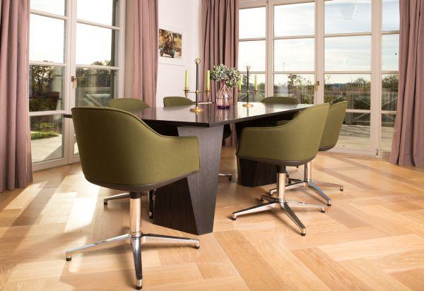 grüne Designstühle für Esszimmer