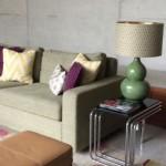 Design Concrete House Sofa und Tischlampe
