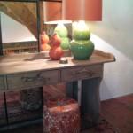 Design Tischleuchte in rot und grün