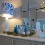 Residential Design - Tischleuchte in blau und weiß by Yasemin Loher