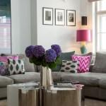 Design Sofa mit Design Kissen von Yasemin Loher